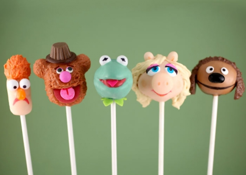 Muppets-Birthday-Cake-Pops.jpg